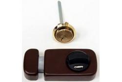 ZÁR 785/40 GOMBOS FELSŐ BIZT.RÁF.BARNA  01.00000.03  Másodlagos biztonsági zár betéttel és 3 kulcsal. Belső reszen fordító retesz, kívül kulcsos.